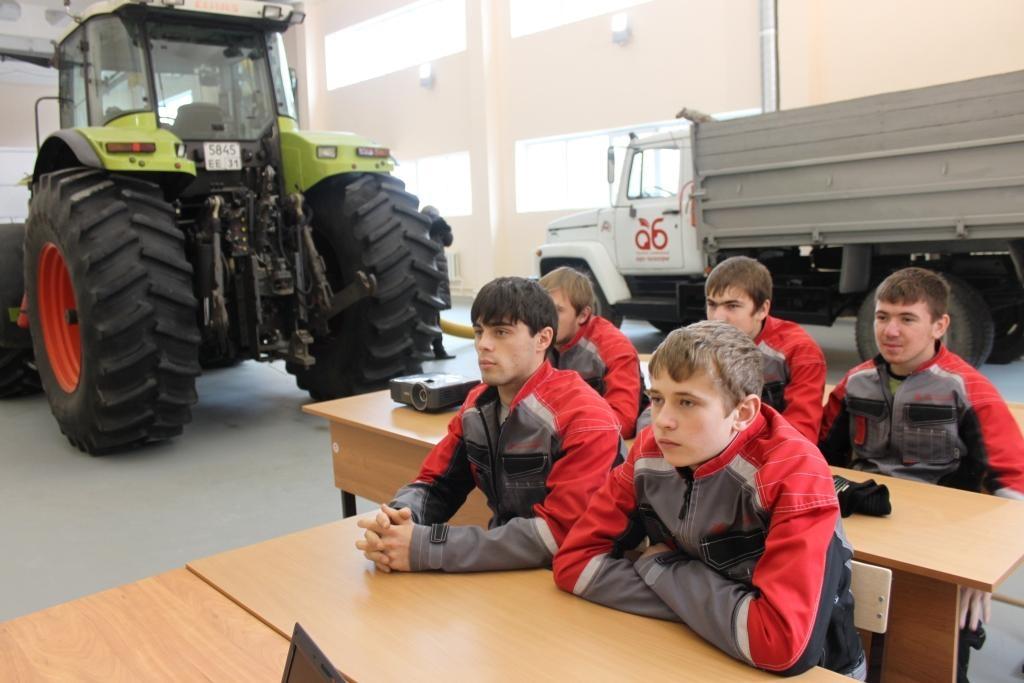 подготовка кадров тракторный