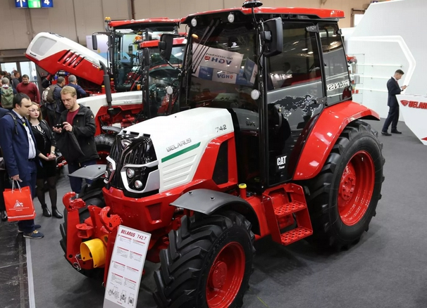 трактор беларус 742.7